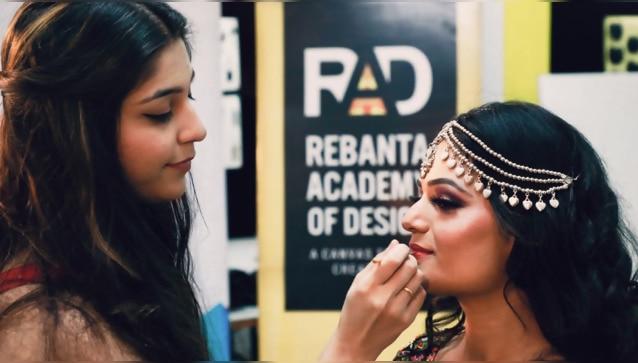 Ayushi Mago makeup artist