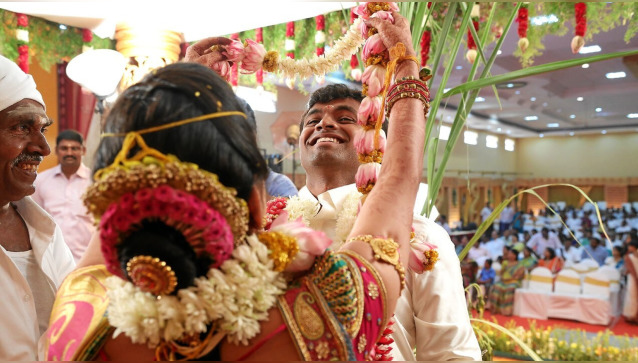 Aadhavan Photos and Video Graphics System