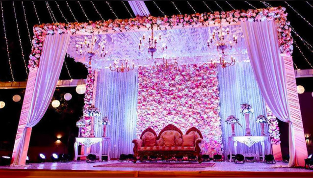 Anuj Decorators