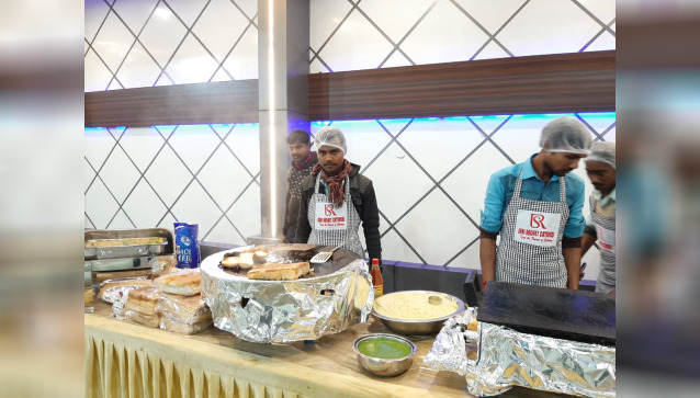 Shri Radhe Caterers And Event Planner